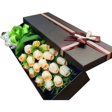 High End Paper Gift Box , Recyclable Cardboard Shipping Boxes With Bow